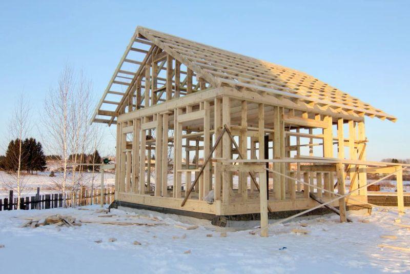 Можно ли строить каркасные дома зимой – преимущества зимнего строительства
